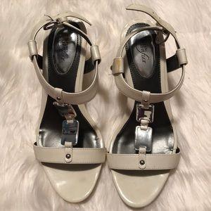 Alfani Stepnflex white/metal sandal with heels